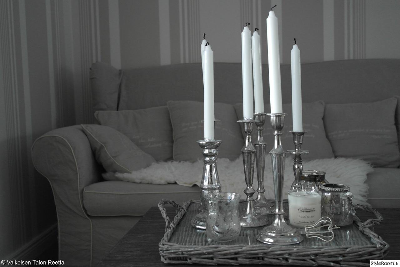 Olohuoneen Sohva : Riviera maison sohva,kynttiläkollaasi,rottinki,olohuone,olohuoneen ...