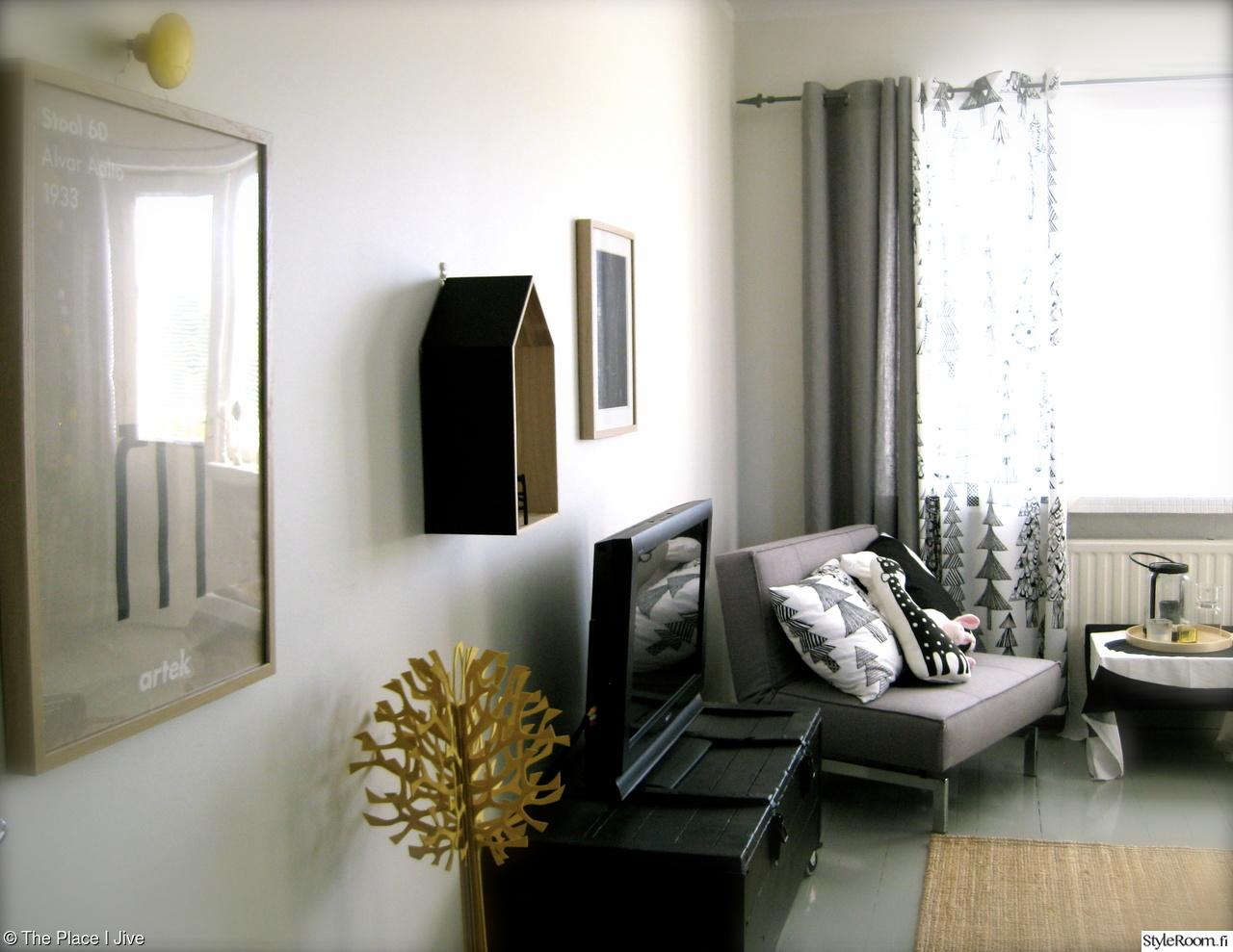 Olohuoneen Sohva : Tv-taso,olohuone,olohuoneen sisustus,lovipuu,vanha arkku,olohuoneen ...