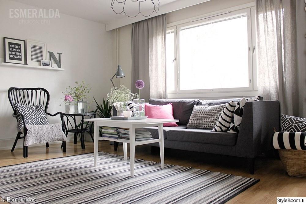 sohva,sohvapöytä,raitamatto,rottinkipöytä,rottinkituoli ...
