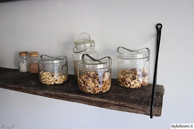 Kuva keittiö  Keittiön avohyllyprojekti  Lyyli