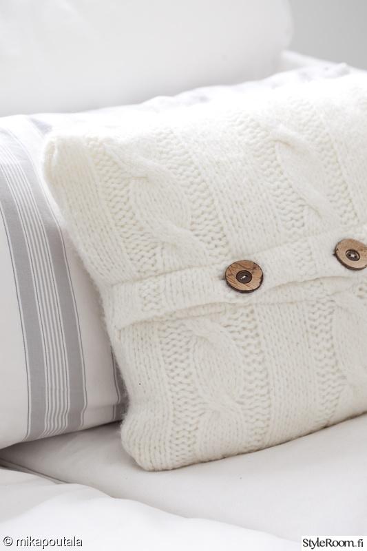 tyyny,sisustustyyny,tyynyjä