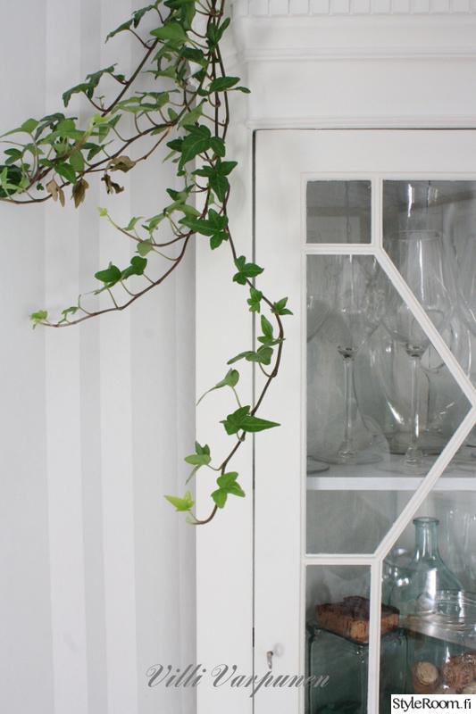Valkoisen talon keittiö  Sisustuskuvia jäseneltä VilliVarpunen  StyleRoom
