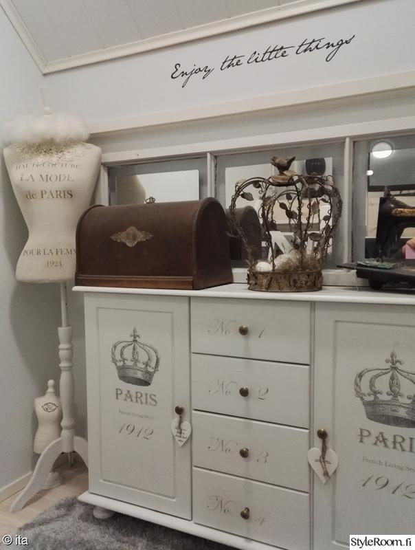 senkki,koriste-esineet,seinätarra,mallinukke