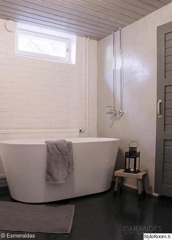 kylpyhuone,amme,tiiliseinä,betoniseinä,unelmientalojakoti