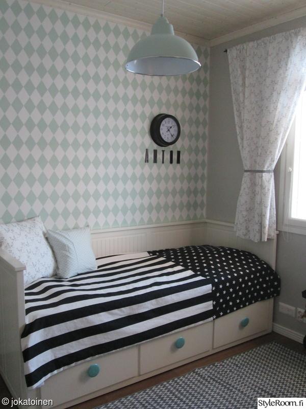 makuuhuone,säilytys,mustavalkoinen,minttu,päiväpeitto