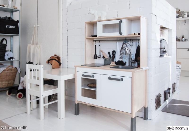 Kuva keittiö  Leikkinurkkauksessa  HoO