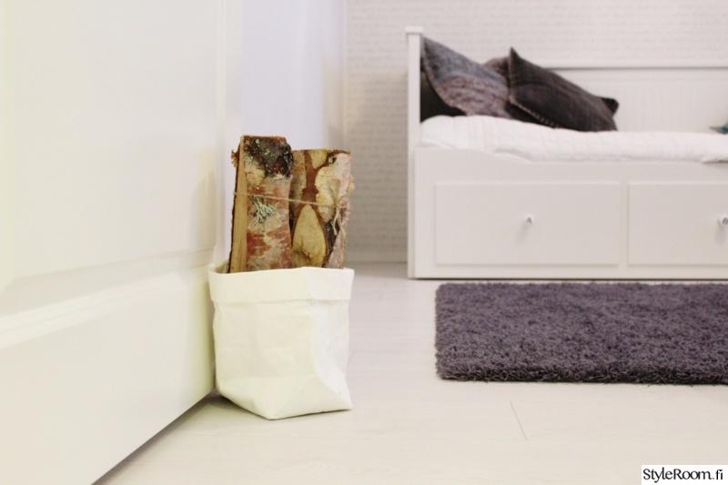 valkoinen,matto,harmaa,takkapuut,laveri