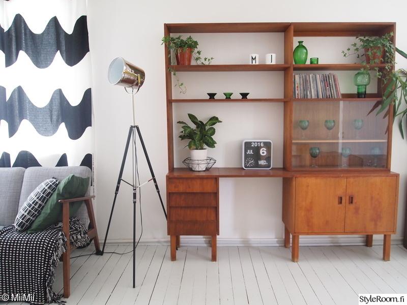 kirjahylly,vintage,huonekasvi,teak,50 luku