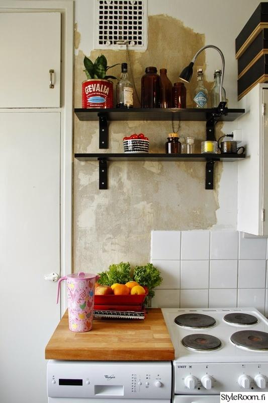 Värejä 50 luvun keittiössä  Sisustuskuvia jäseneltä Kirpparikeiju  StyleRoom