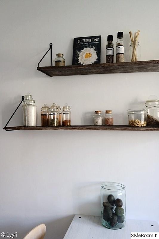 Keittiön avohyllyprojekti  Sisustuskuvia jäseneltä Lyyli  StyleRoom