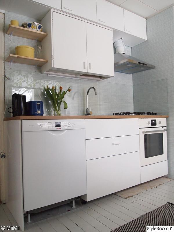 keittiö,valkoinen,tapetti,50-luku,keittiönkaapit