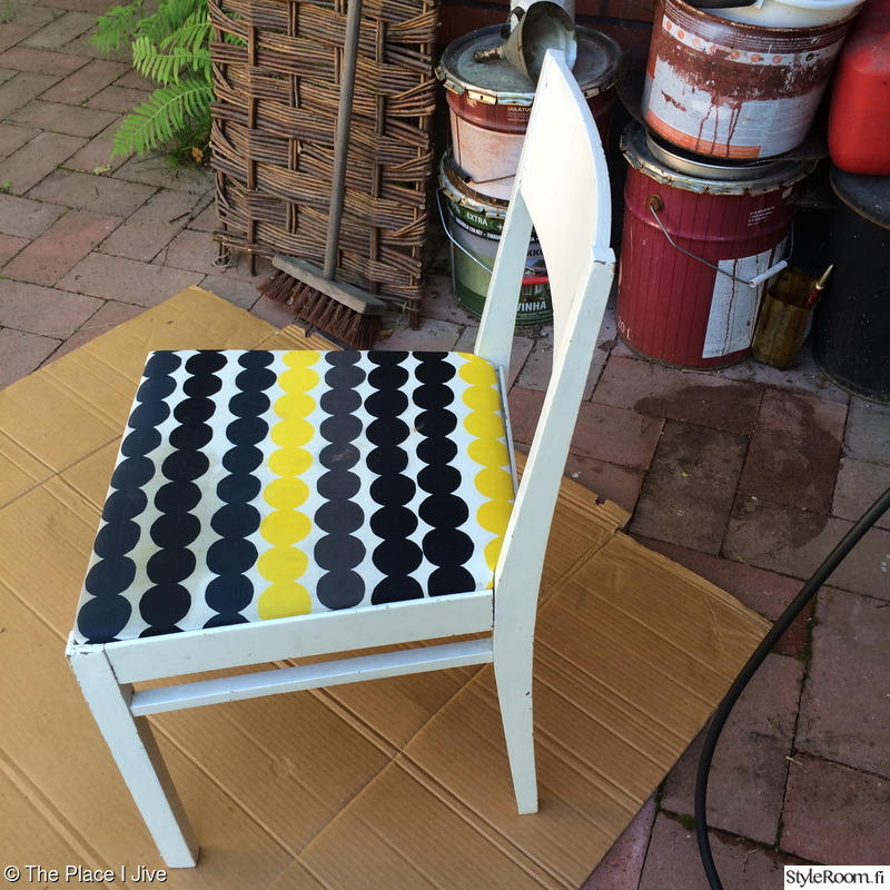 Bild på keittiö  DIY pyöreä pöytä sekä tuolit av terhiniva