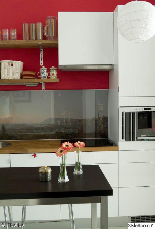 Kuva keittiö  Nuoren tytön oma keittiö  Tibs