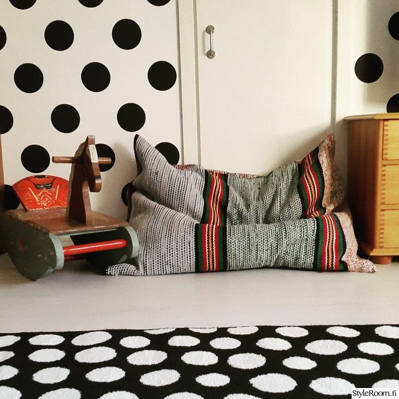 Kuva matto  Mäkitalo  anetteisoniemi