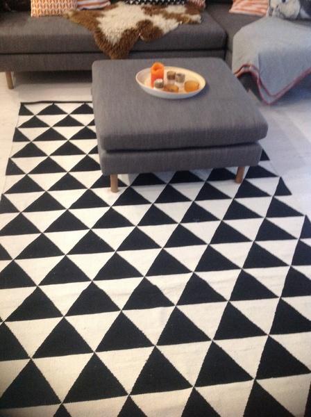 Kuva matto  Viljapelto olohuoneessa  anninawalling