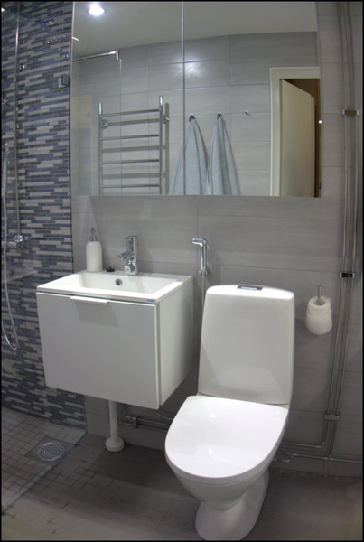 Pieni kylpyhuone koti ja sisustusideat  StyleRoom
