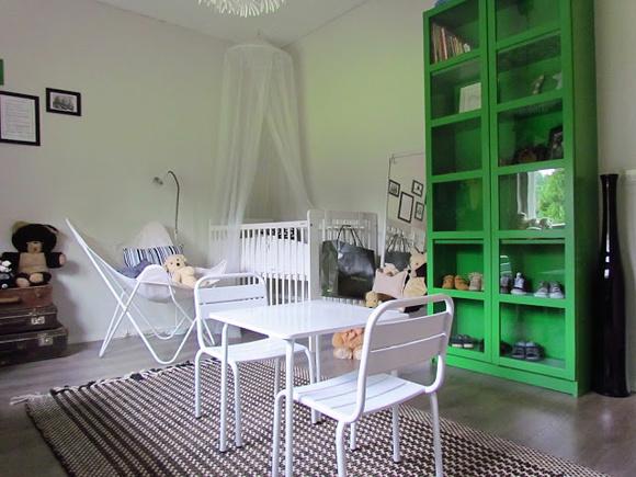Kuva lepakkotuoli  My Home Minin huone  Tsinnia