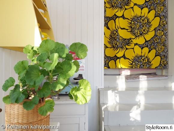 eteinen,kuisti,pelargonia,rertotyyli,veranta