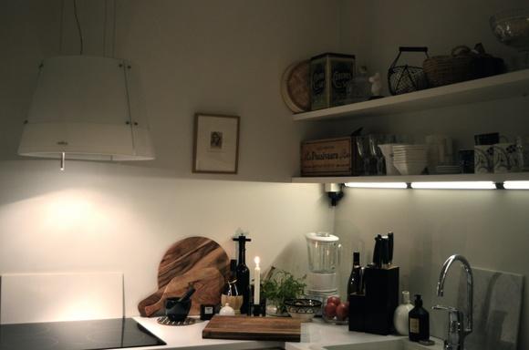 Taulu keittiössä koti ja sisustusideat  StyleRoom