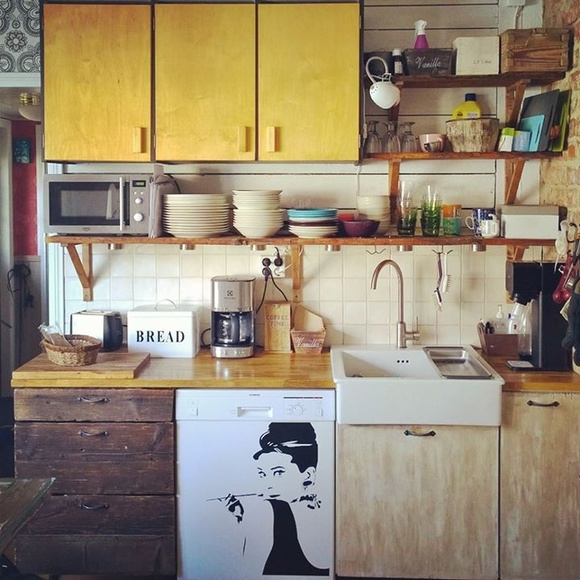 kierrätys,50-luku,keittiö,rintamamiestalo,latolauta