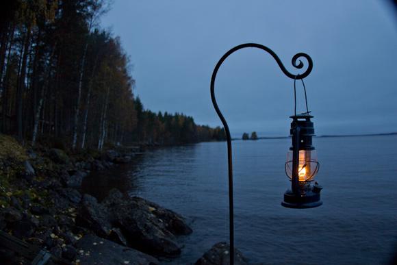 mökki,laituri,näkymä,järvi,valaistus