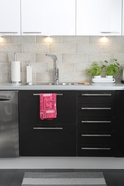 Harmaa keittiö koti ja sisustusideat  StyleRoom