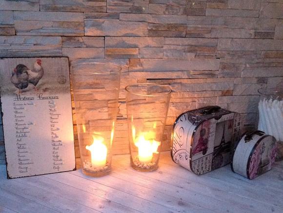 kynttilät,tunnelmavalaistus,koriste-esineet,maalaisromantiikka