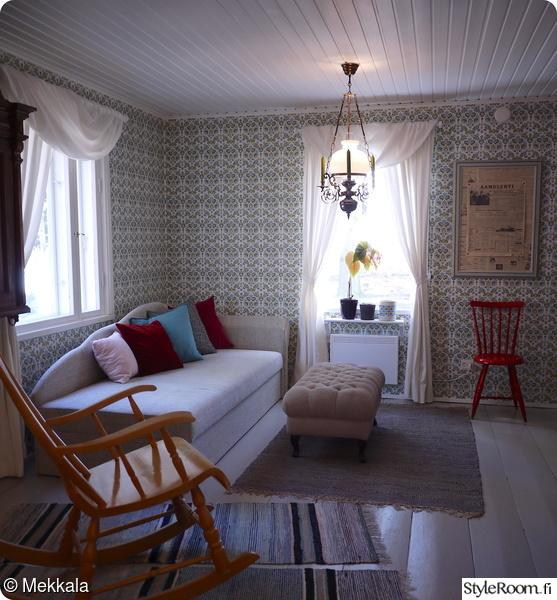 olohuone,värikäs,värikäs sisustus,värikäs koti,värikäs olohuone