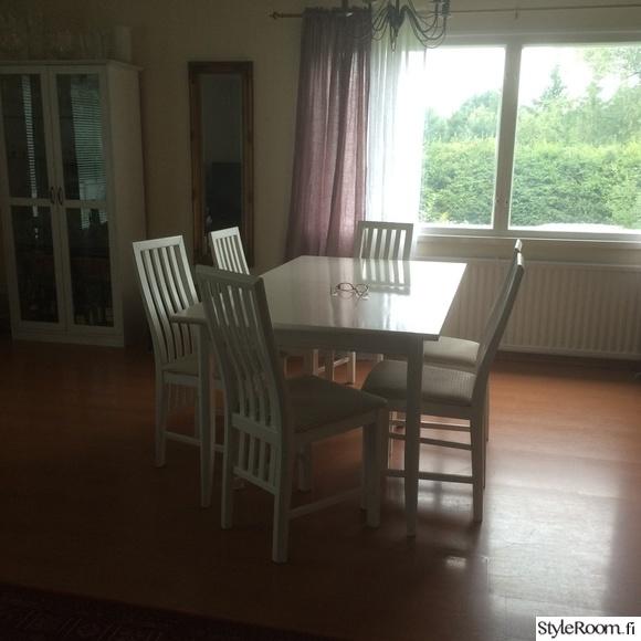 Vanhat valkoiset tuolit koti ja sisustusideat  StyleRoom