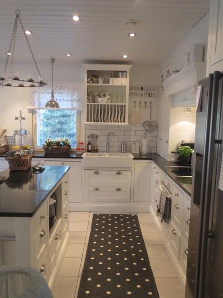 keittiönkaapit,keittiön tasot,keittiön pikkutavarat,keittiö,remontti