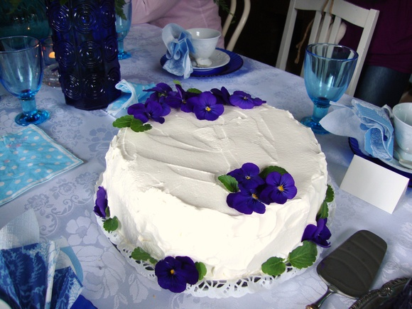 kakku,orvokki,sininen,kattaus,verna