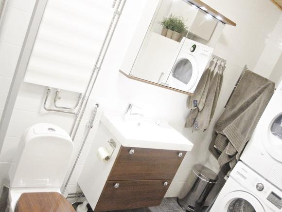 ennen,kylpyhuone,kylpyhuoneen muutos