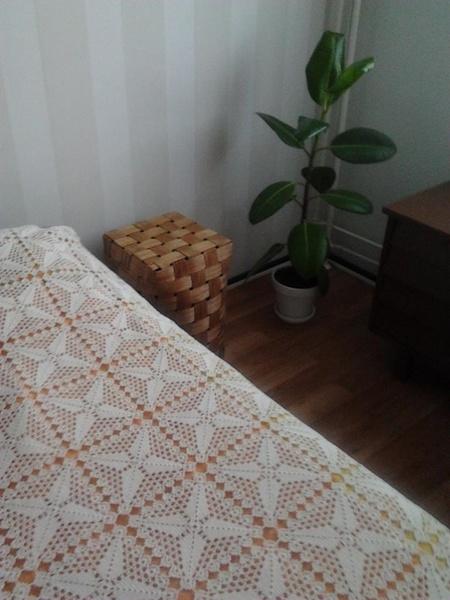pärekori,virkattu päiväpeite,makuuhuone,pitsi