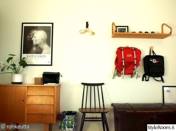 makuuhuone,second hand,vintage,senkki,pinnatuoli