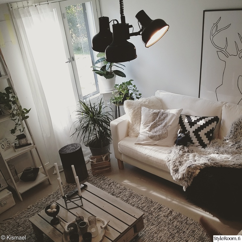 ikea,wood,black and white,livingroom,deer